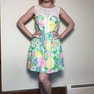 Lilly Pulitzer Reagan Dress in Hibiscus Stroll 6